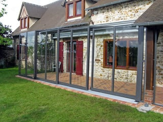 Horeca enclosure Corso Glass - retractable patio enclosure for hotels, restaurants and cafes