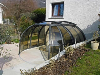 Retractable hot tub enclosure OASIS
