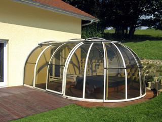 Hot tub enclosure OASIS made by Alukov