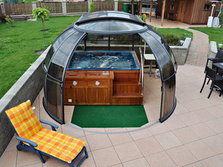 Hot Tub Enclosure Spa Sunhouse In Outdoor Patio