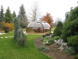 Hot tub enclosure SPA SUNHOUSE private in the garden