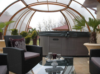 Retractable Hot Tub Enclosure Spa Suhnouse Sunrooms