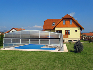 Lift up part in opened position for custom made pool enclosure