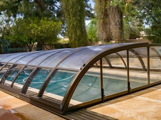 Low line pool enclosure Elegant NEO