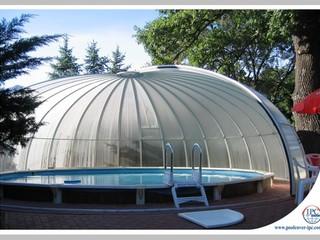 Opened round pool enclosure Orient
