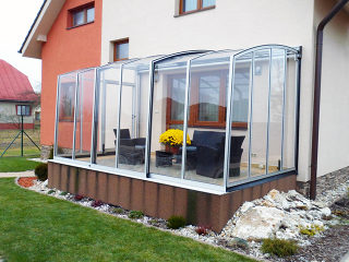 Patio enclosure CORSO Premium with white aluminum frames