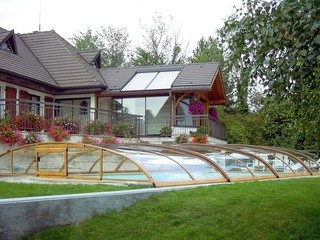 Pool enclosure Elegant - elegantly complements your yard