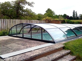 Pool enclosure Elegant - elegantly complements your home