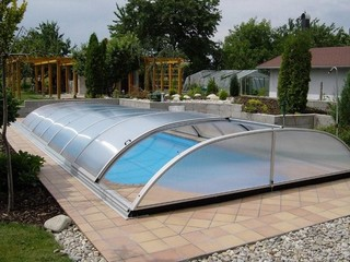 Pool enclosure Elegant with Lateral door