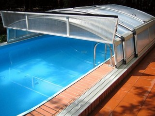 Pool enclosure Imperia - front facing wall opened