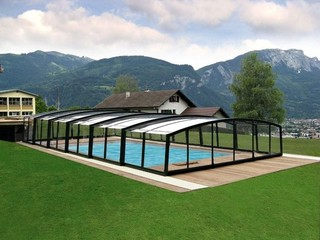 Pool Enclosure Imperia - low line pool cover - closed