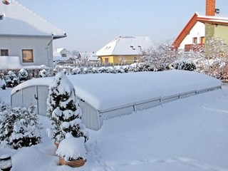 Pool enclosure Imperia under snow load