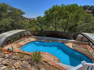 Pool enclosure Laguna in CA