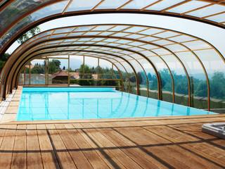 Pool enclosure LAGUNA in wood-like finish