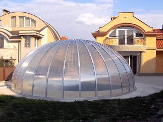 Retractable oval pool enclosure ORIENT