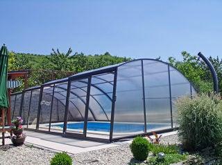Lower pool enclosure RAVENA