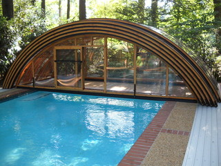 Pool enclosure Universe - nice round shape for your pool