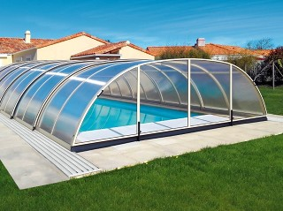Retractable swimming pool enclosure Tropea in silver color