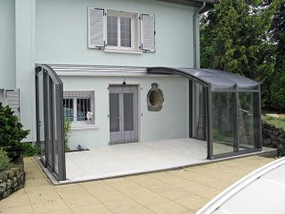 Retracted patio enclosure Corso Premium