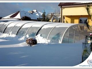 Snow load on pool enclosure Tropea