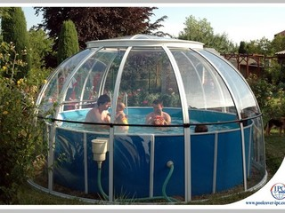 Spa dome Orlando over small family pool