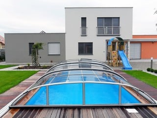 Swimming pool enclosure Elegant with modern house looks magnificant