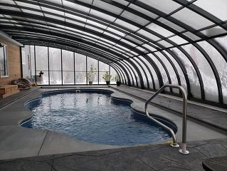 Swimming pool enclosure Style